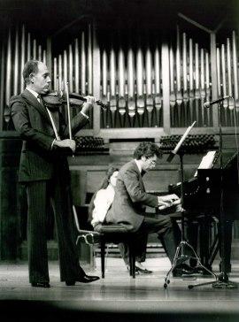 Gonçal Comellas y Antoni Bessés. Concierto Mozart: ciclo de sonatas para violín y piano , 1984