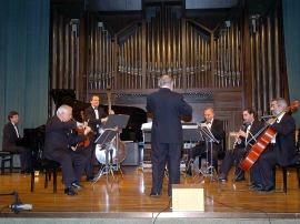LIM (Laboratorio de Interpretación Musical) y Jesús Villa Rojo. Concierto Medio siglo de música española (1950-2000) , 2005