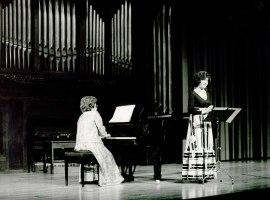 Ángeles Chamorro y Carmen Sopeña. Concierto Música española del siglo XVIII , 1984