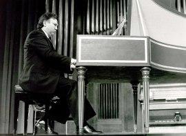 José Luis González Uriol. Concierto Música española del siglo XVIII , 1984