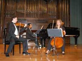Intémpore Piano Trio, Rubén Darío Reina, Barbara Switalska y Paulo Brasil. Concierto Joaquín Turina (2008) , 2008