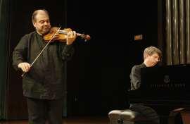Manuel Guillén y Graham Jackson. Concierto Turina en París , 2012