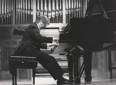 Ramón Coll. Concierto Estudios para piano