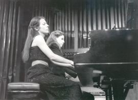 Judit Cuixart y Eulalia Solé. Concierto Piano a cuatro manos (1985) , 1985