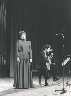 María Aragón y Gerardo Arriaga. Concierto Guitarra española del siglo XIX , 1985