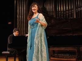 Mª José Montiel y Miquel Estelrich. Concierto Turina en París , 2012