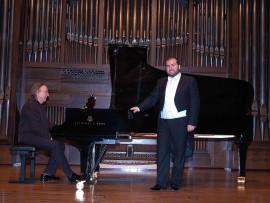 Juan Antonio Álvarez Parejo y Luis Santana. Concierto Recital de canto y piano , 2008