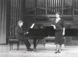 Fernando Turina y Paloma Pérez Íñigo. Recitales para Jóvenes, 1985