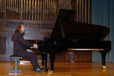 Gabriel Loidi. Concierto El último piano español