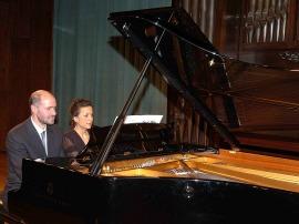 Sebastián Mariné y Elena Aguado. Concierto El dúo pianístico a cuatro manos , 2006