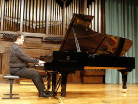 Diego Cayuelas. Concierto La danza en el piano , 2007