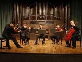 Víctor Correa-Cruz-Cruz, Bruno Vidal, Humberto Armas, Manuel Ascanio y José Enrique Bouché. Concierto Felix Mendelssohn, en su bicentenario , 2009