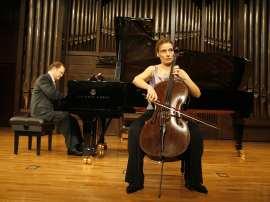 Suzana Stefanovic y Aníbal Bañados. Concierto Beethoven a dúo. Integral de las sonatas para violín y piano y violonchelo y piano , 2009