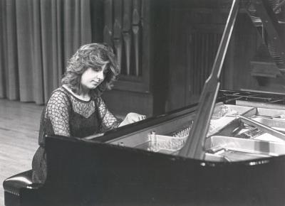 Carmen Deleito. Concierto Beethoven: variaciones para piano