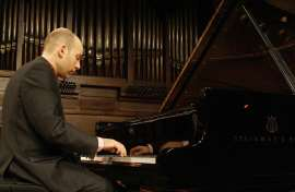 Miguel Baselga. Concierto Mozart: integral de las sonatas para piano , 2011