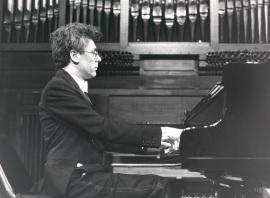 Antoni Bessés. Concierto Mompou: música para piano , 1988