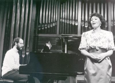 Carmen Charlan y Sebastián Mariné. Recital de canto y piano