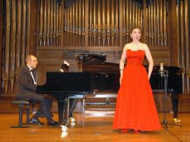 Sylvia Schwartz y Kennedy Moretti. Concierto Siglo XX - La canción española , 2008