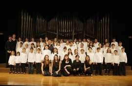 Pequeños cantores, Ana González, Laura Sánchez y Cuarteto de Cuerdas de la JORCAM. Concierto Los niños del coro - La infancia en la música , 2012