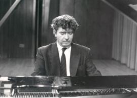 Antonio Baciero. Concierto Del pianoforte al piano , 1989