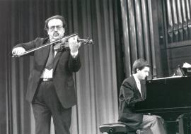 Ángel Jesús García y Gerardo López Laguna. Concierto El dúo violín-piano en el siglo XIX , 1989