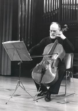 Pedro Corostola. Concierto Alrededor del violonchelo , 1990