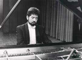 Daniel Kharatian. Recital de piano , 1990