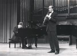 Aníbal Bañados y Enrique Pérez Piquer. Recital de clarinete y piano , 1990