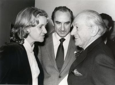 Soledad Becerril, José Luis Yuste Grijalba y Sidney Janis. Exposición Piet Mondrian Óleos, acuarelas y dibujos