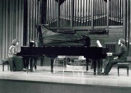 Carmen Deleito y Josep Colom. Concierto Debussy: obra completa para piano , 1990