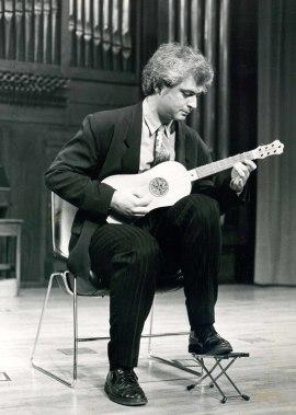 Rafael Benatar. Concierto Música para vihuelas, laúdes y guitarras , 1990