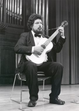 Gerardo Arriaga. Concierto Música para vihuelas, laúdes y guitarras , 1990