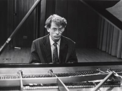 Miguel Baselga. Valses y mazurcas para piano