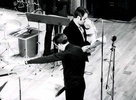 José María Franco Gil y Tomás Marco en el ciclo de Música española contemporánea, 1975