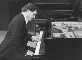 Joan Moll. Concierto Piano: música para la mano izquierda , 1991