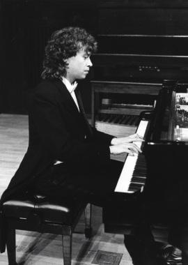 Jorge Otero. Concierto Fantasías, paráfrasis y glosas sobre óperas , 1991