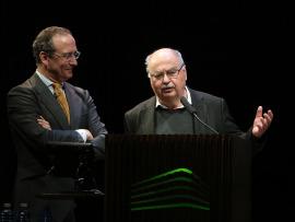 Manuel Fontán del Junco y Dietmar Siegert. LO NUNCA VISTO.  De la pintura informalista al fotolibro de postguerra (11945-1965), 2016