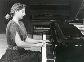 Mariana Gurkova. Concierto Preludios para tecla , 1992