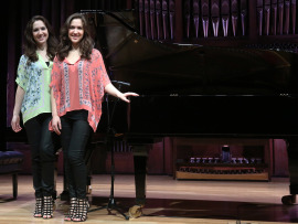 Christina Naughton y Michelle Naughton. Recital de piano , 2016