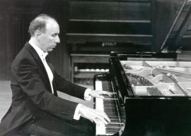 José Francisco Alonso. Concierto Sonatas para piano de Schubert , 1992