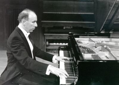 José Francisco Alonso. Concierto Sonatas para piano de Schubert