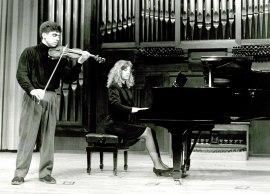 Víctor Correa-Cruz y Mariana Gurkova. Recitales para Jóvenes, 1993