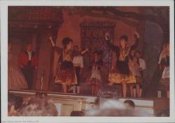"""Fotografía de """"Luisa Fernanda"""" de Federico Romero y Guillermo Fernández-Shaw, música de Moreno Torroba."""