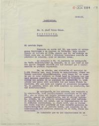 """Carta de Federico Romero a José Vives, enviándole el contrato de traducción de """"Doña Francisquita"""" al francés pidiendo se lo mande firmado cuanto antes."""
