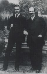 Fotografía de Carlos Fernández Shaw con su hijo Guillermo Fernández Shaw.