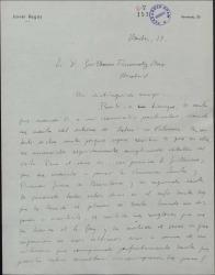 """Carta de Javier Regás a Guillermo Fernández-Shaw, disculpándose por no haber contestado a una carta suya y felicitándole por el éxito de """"Bolero"""" en Valencia."""