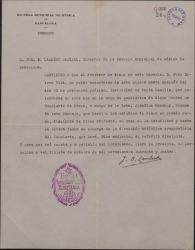 Certificación del Director de la Escuela Municipal de Música de Barcelona, por la que se justifica que Juan Dotras Vila no podrá ausentarse hasta cierta fecha.