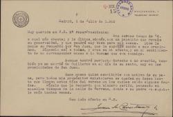 Carta del Padre Juan Antonio Cavestany a María Josefa Baldasano, mujer de Guillermo Fernández-Shaw, agradeciéndole sus cartas y su donativo.