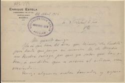 """Carta manuscrita de Enrique Estela a Rafael Fernández-Shaw en la que le comenta el montaje de """"La viudita"""" y que espera reunirse pronto con él en los ensayos de otras obras."""